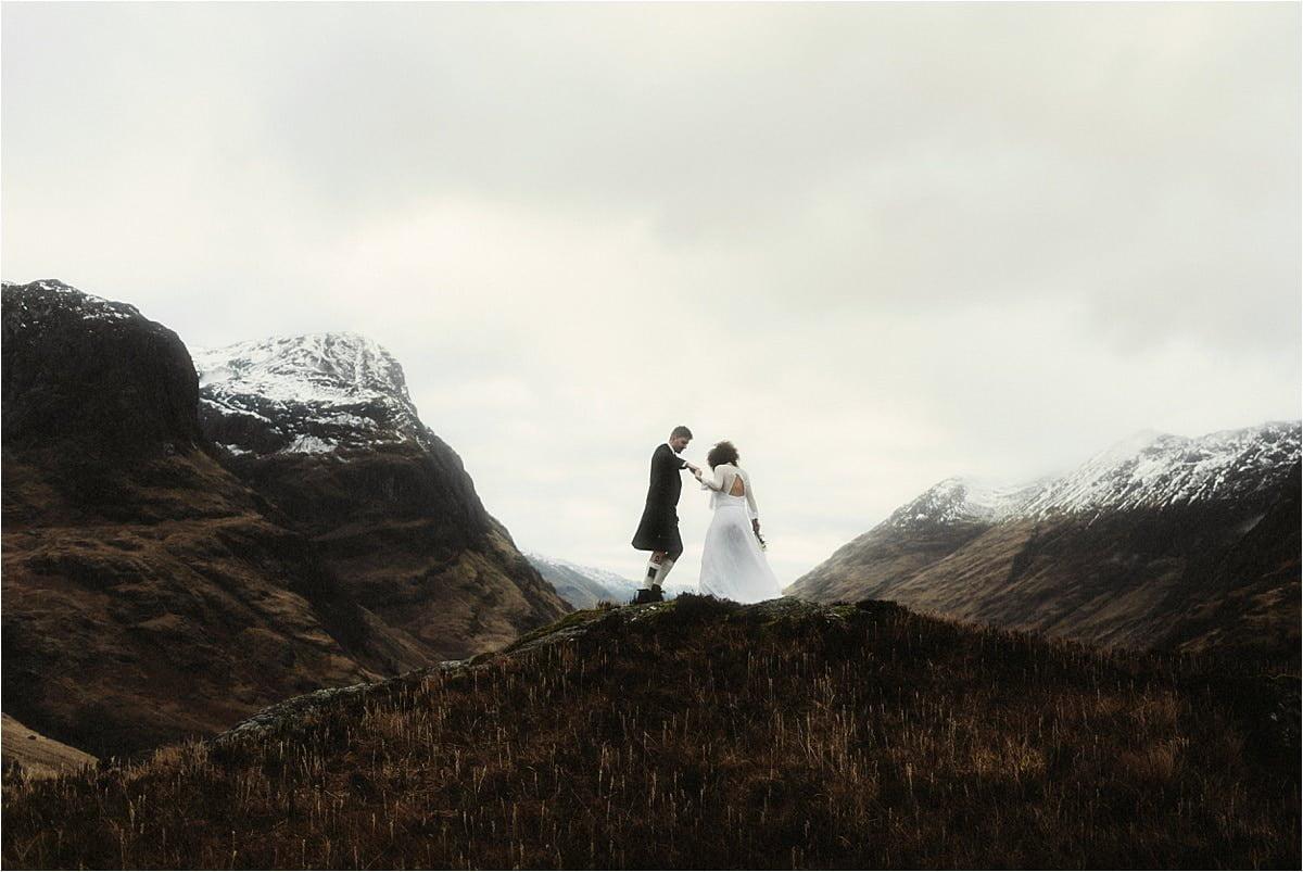 a couple dancing in Glencoe, scotland