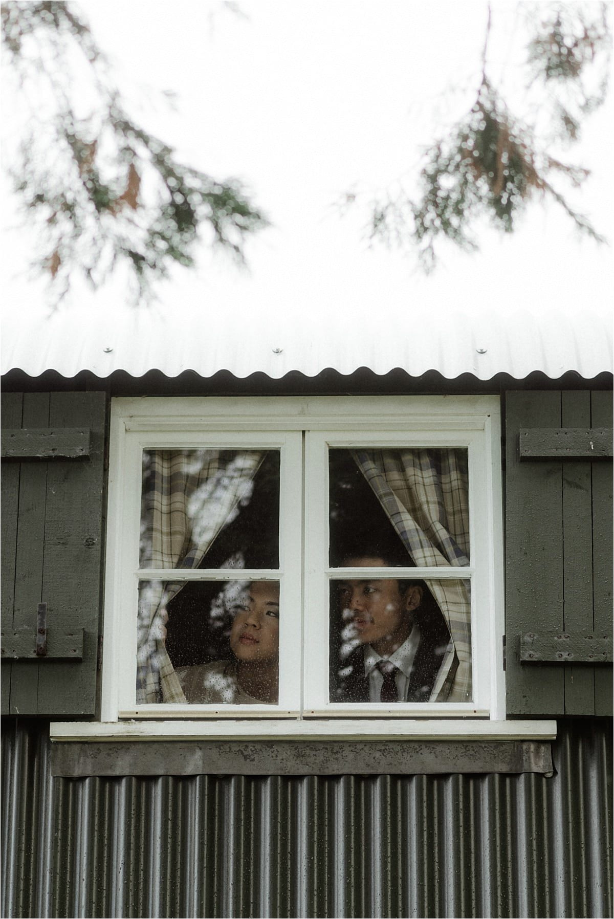 scottish elopement couple on the Isle of skye