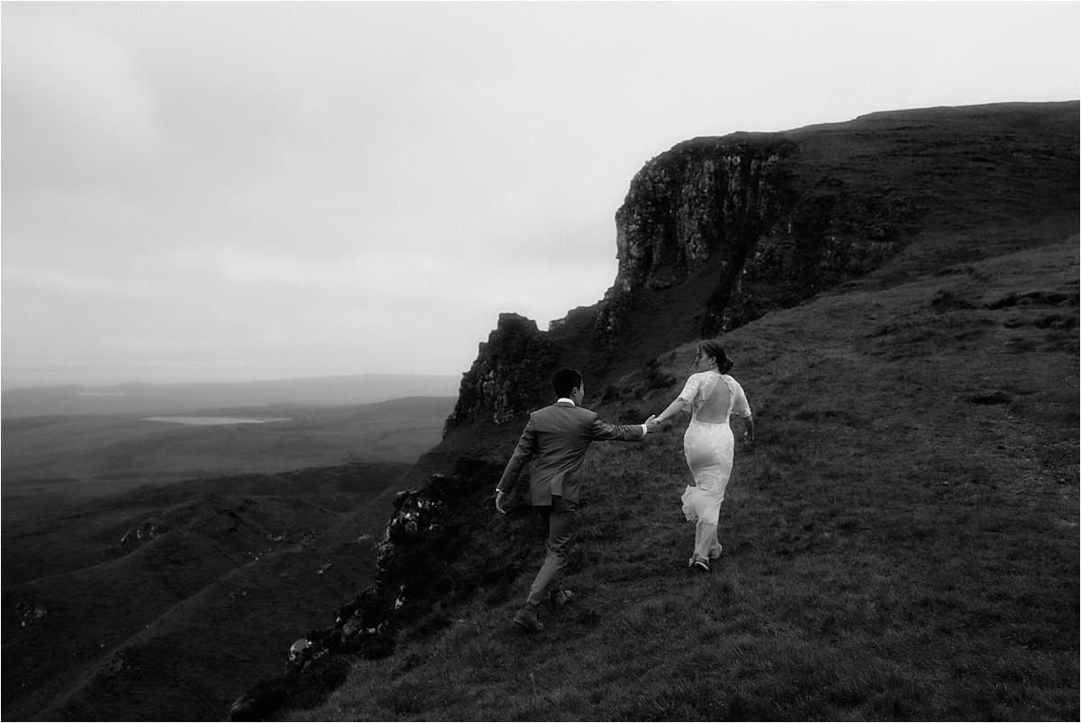 scottish elopement runaways during their wedding on skye