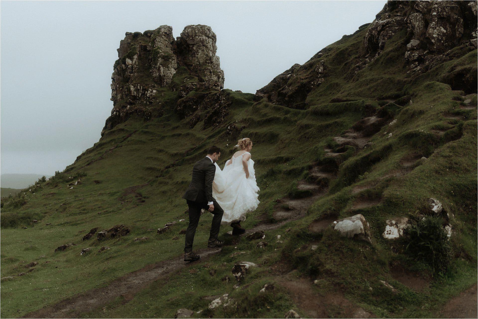 fairy glen elopement couple