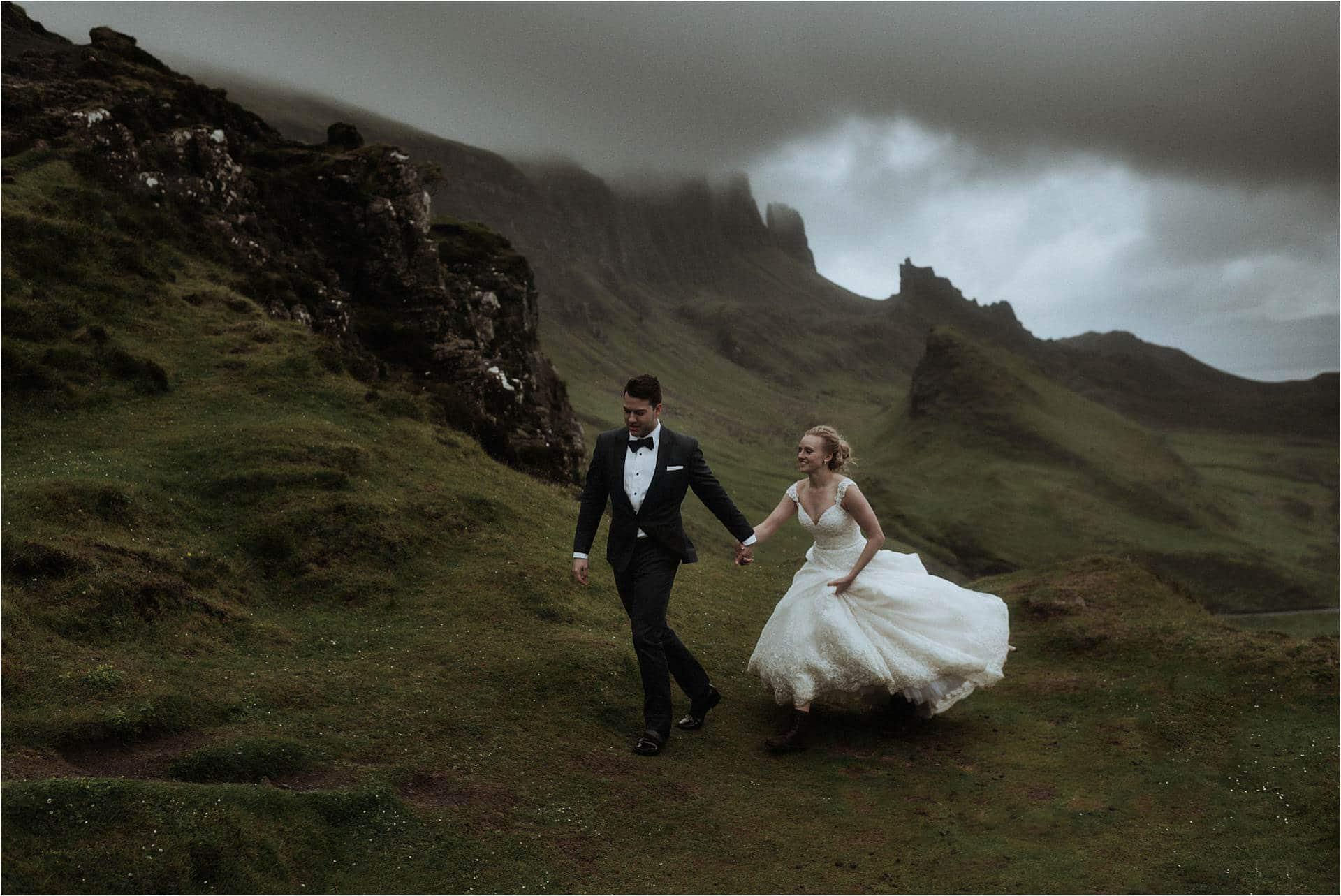 isle of skye wedding couple at the quiraing