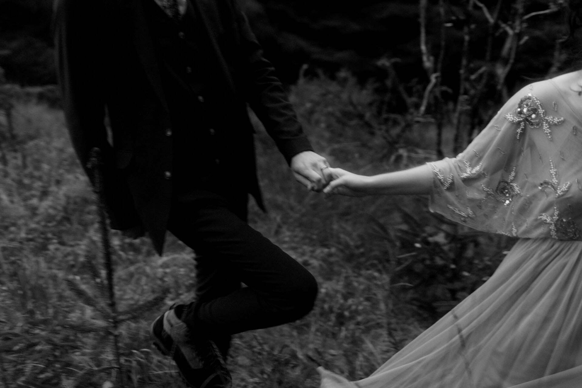 eloping in scotland to the mountains